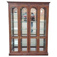 Drexel Heritage 4 Door Mahogany Living Room Lighted Curio Cabinet