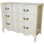 1960s Fruitwood French Provincial White Lacquered Bedroom Dresser Chest Of Drawers