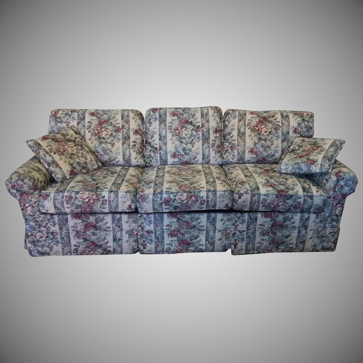 Extremely Clean Castro Convertible Fl Upholstered Queen Sleeper