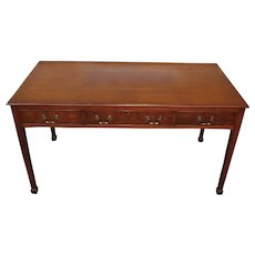 1940s Mahogany Beacon Hill Collection Furniture Georgian Style Partners Writing Desk #434