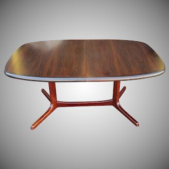 Vintage 1970s Rosewood Dyrlund Danish Modern Trestle Dining Table w/ 2 Leaves