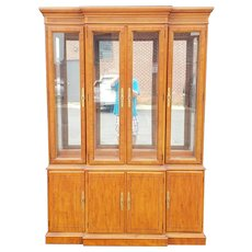 1990s Drexel Heritage Yorkshire Collection Yew Wood Dining Room China Cabinet Breakfront