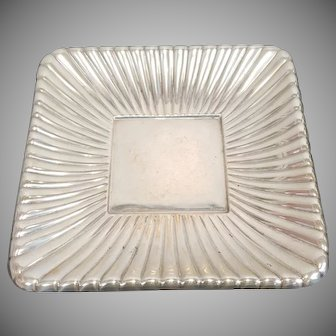 """Sterling Silver Reed & Barton Trajan Pattern Holloware Gadrooned 8 3/4"""" Square Plate Disc 1960s 12.41 Troy Oz"""