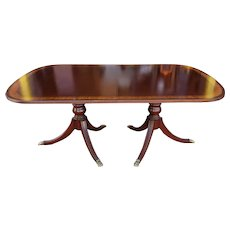 Banded Mahogany Ethan Allen 18th Century Classics Dining Room Table w/ 2 Leaves 1990s