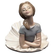 "Juan Huerta Lladro Porcelain Figurine ""Heather"" Ballerina Laying Down #1359"