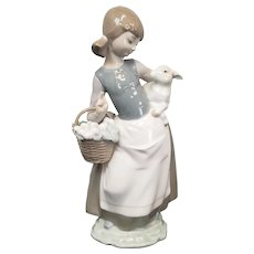 "Juan Huerta Lladro Porcelain Figurine ""Girl With Lamb"" #4835 1980s"