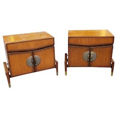 Rare Pair Mid Century Hobey Helen For Baker Furniture Asian Modern Walnut Bedroom Nightstands c1950s