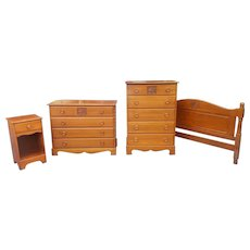 Vintage 4 piece Mid Century 1950s Maple Child's Bedroom Set w/ Carved Sailing Ship Drawer