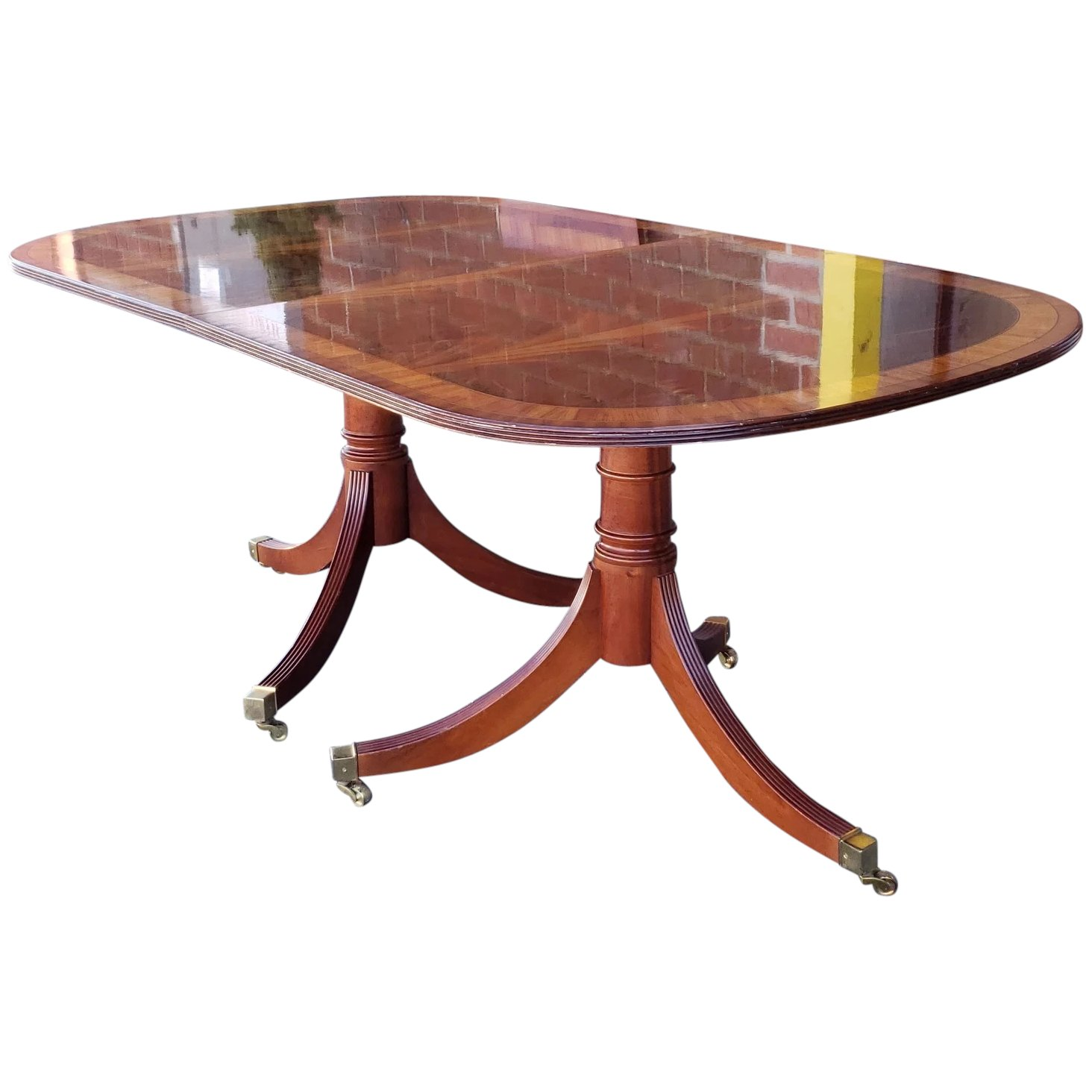 Fine Banded Mahogany MCGK Woodworks Inc Double Pedestal Dining Room Table  w/ 2 Leaves 1990s