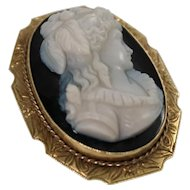 14k Yellow Gold Hard Stone Cameo Brooch