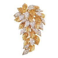18K Yellow Gold Diamond Cluster Brooch