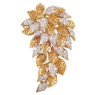 18K Yellow Gold Diamond Cluster Brooch