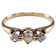 Antique 14k Yellow Gold Pearl and Diamond Ring