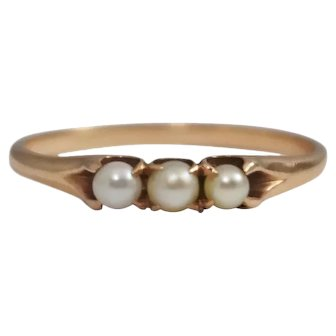 Antique 14k Yellow Gold Pearl Ring