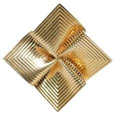 Retro 14k Yellow Gold Brooch