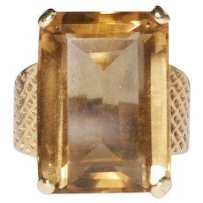 14k Yellow Gold Emerald Cut Citrine Ring