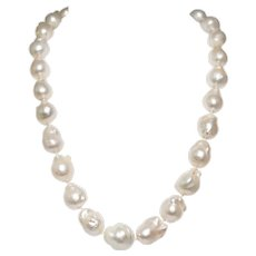 Gumps 18k Yellow Gold Pearl And Diamond Necklace