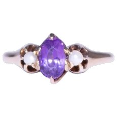 Antique 14k Yellow Gold Antique Amethyst and Pearl Ring