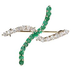 18k Yellow Gold Emerald & Diamond Brooch