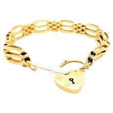 English 18k Yellow Gold Charm Bracelet