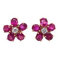 18K Yellow Gold, Pink Sapphire and Diamond Earring.