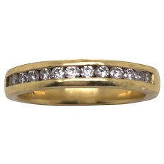 18K Yellow Gold Diamond Band.