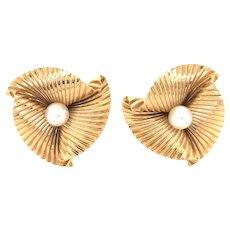 Cartier Retro 14K Yellow Gold Pearl Earring.
