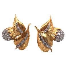 18K Yellow Gold Diamond Earring.