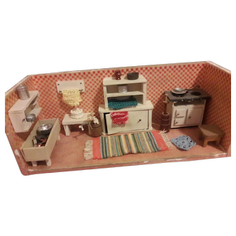 French or German roombox kitchen
