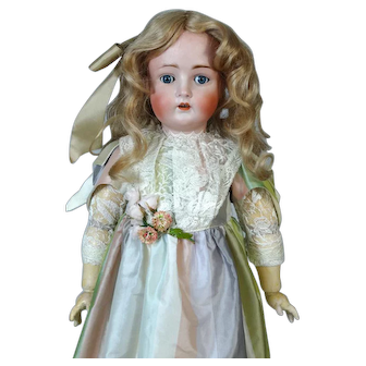 Antique German Bisque Head Doll Hertel & Schwab 136
