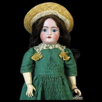 Heinrich Handwerck HH 189Antique German Bisque Head Doll