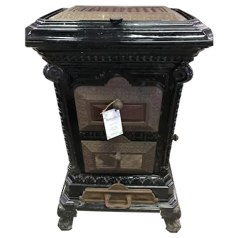 Late Victorian Enamel Cast Iron Stove