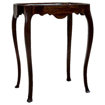 Walnut Tea Table, Circa the Turn of the 19th and 20th Centuries