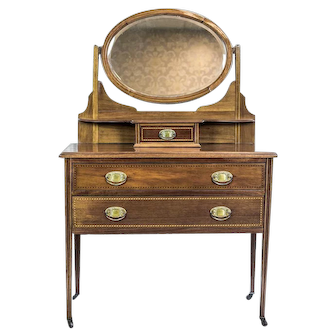 English Vanity in the Neoclassical Style