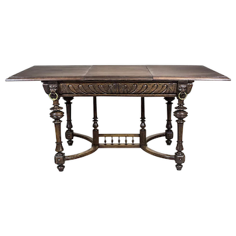 Neo-Renaissance Extendable Table, Circa the 19th Century