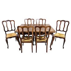 Extendable Table with Chairs – Oak Furniture Set from the Interwar Period
