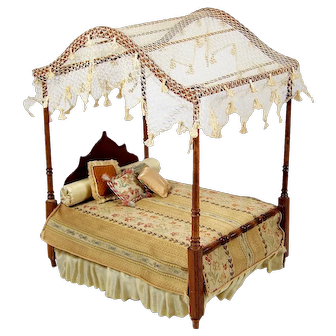 Dollhouse Miniature Bed Mahogany Canopy Style w/ Bolster 4 Pillows Floral Coverlet