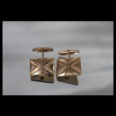 14k - Fancy X Design Art Deco Cuff Links with Frosted & Glossy Finish in Yellow Gold