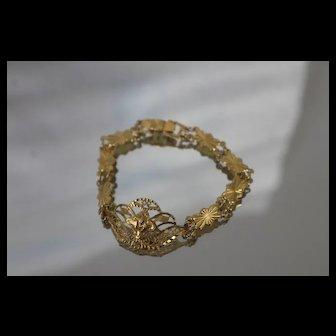 22k 22c - Vintage Fancy Diamond Cut Shield Bracelet in Bright Yellow Gold