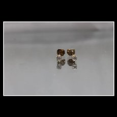14k - .30 ctw - Bright Diamond Stud Earrings in Yellow Gold