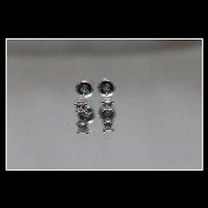14k - .33 ctw - Princess Cut Diamond Stud Earrings with Screwbacks in White Gold