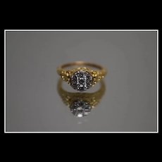 18k - .50 CTW - Art Deco Highly Detailed Diamond Ring in Yellow gold
