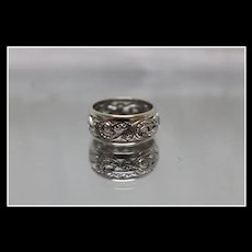 14k - Art Nouveau Diamond Illusion Vine Lace Band in White Gold