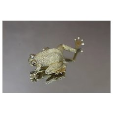 18k - Vintage High Quality Henry Dunay Frog Brooch/ Pin in Yellow Gold