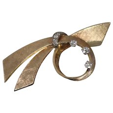 14k -Early 20th Century Diamond Ribbon Bow with Florentine Finish Pendant Pin Brooch in Yellow Gold