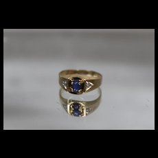 10k - .66 ctw - Diamond Accented Star Sapphire in Brushed Ring in Yellow Gold