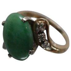 14k - Art Deco 14mm Beautiful Jade & Diamond Bypass Ring in Yellow Gold