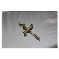 925 - Gold - Plated Modern Nail & Rope Designed Cross Pendant - Vampire Stake in Sterling