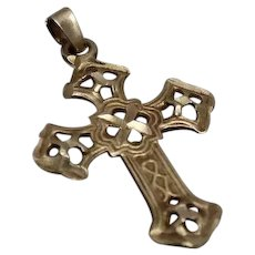 14k - Flared Celtic Cross Pendant Charm in Yellow Gold