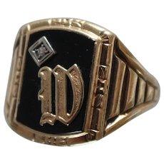 "10k - Art Deco Black Onyx & Diamond Initial "" W "" Signet Style Ring in Yellow Gold"